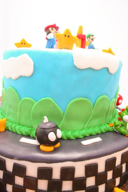 mario_kart_cake_1
