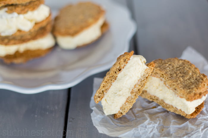 Oatmeal maple ice cream pies