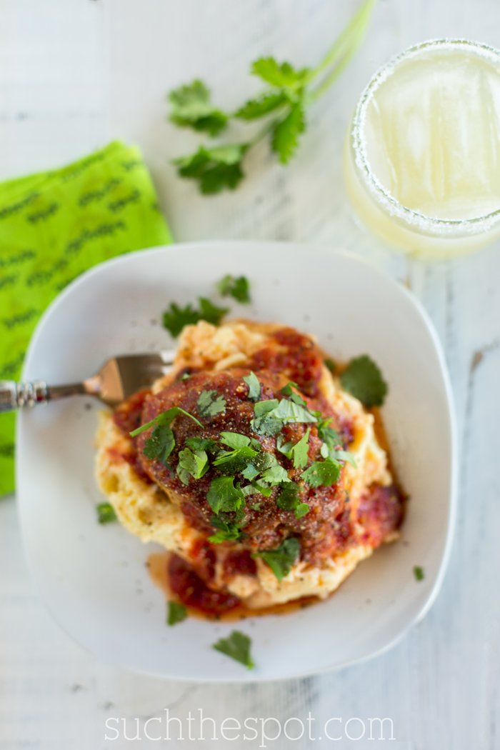 Mini Mexican meatloaves with roasted garlic mashed potatoes | Such the Spot