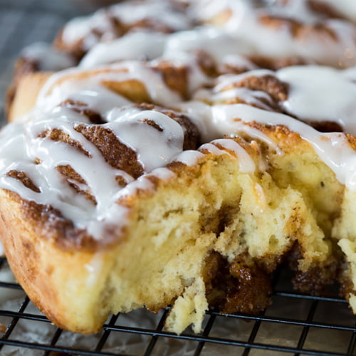 Quick Cinnamon Buns with Buttermilk Icing