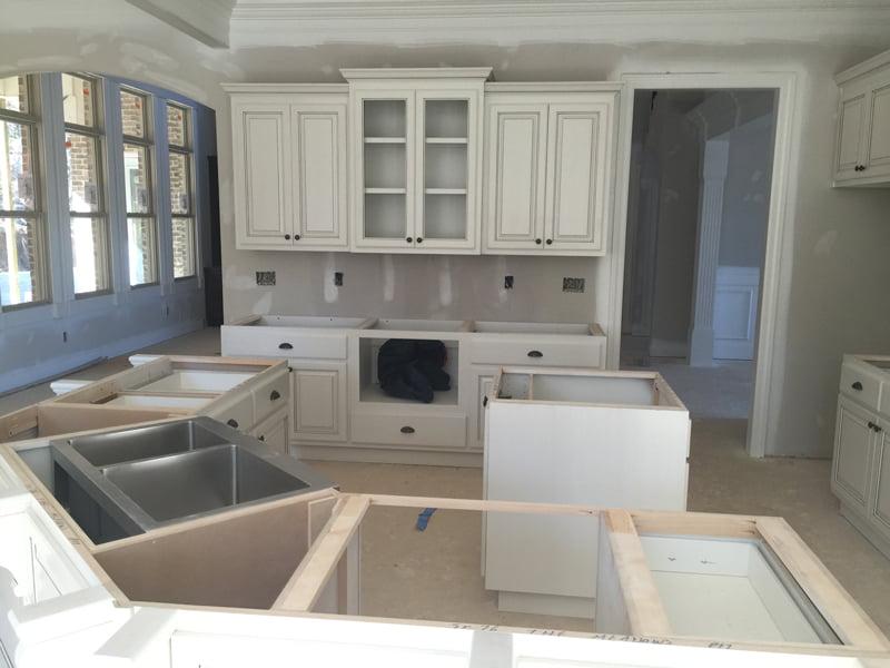 Farmhouse kitchen inspiration and ideas