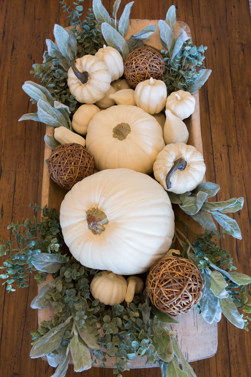 Fall farmhouse decor