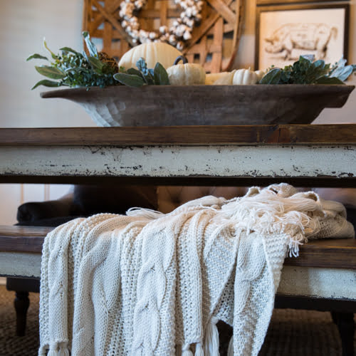 Inspiration for cozy, fall farmhouse decor