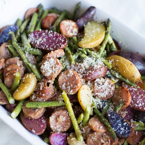 Quick and easy roasted potatoes, sausage and asparagus sheet pan meal