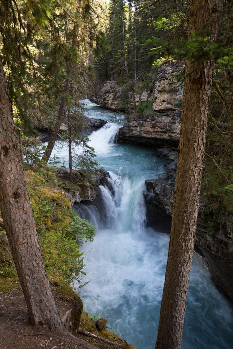 5 tips on how to avoid crowds in Banff National Park