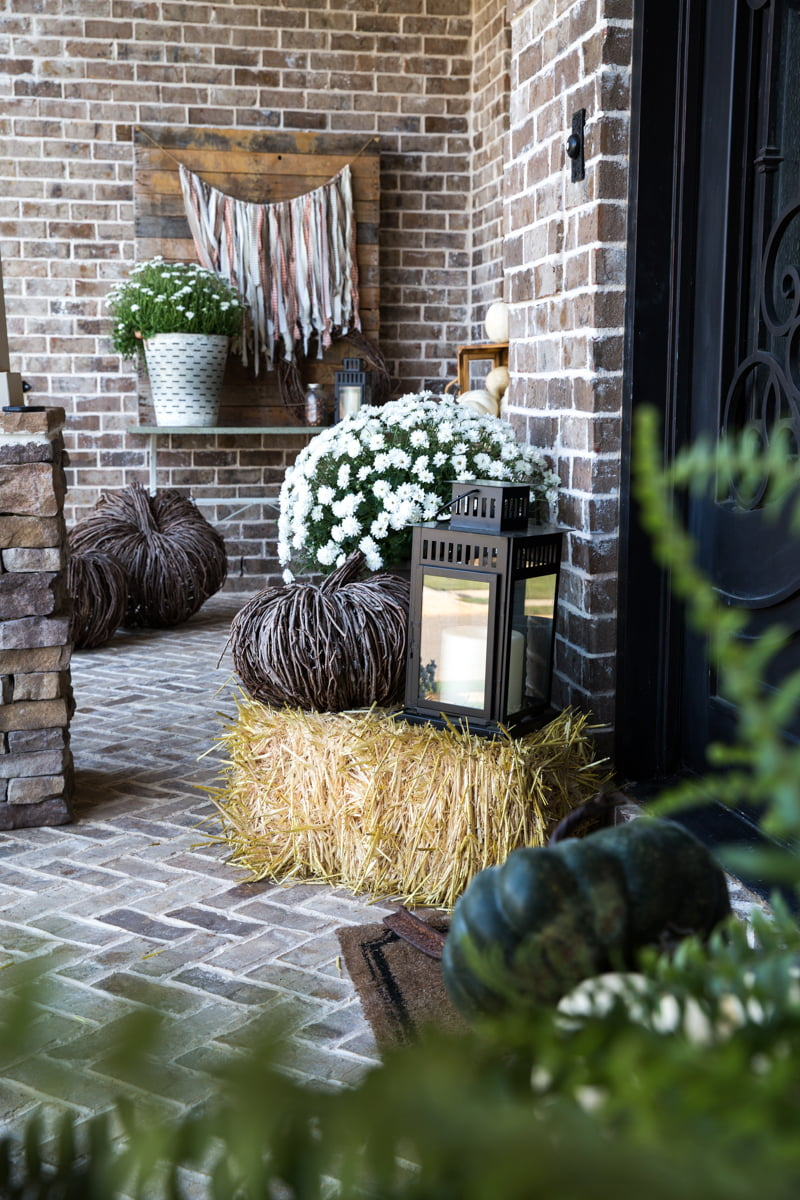 It's easy to DIY rustic fall porch decor when you use these five basic elements in your styling. Use these simple ideas to create a warm welcome for guests!