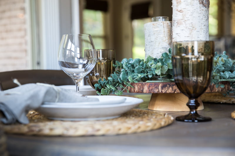 How to add texture to a casual table setting