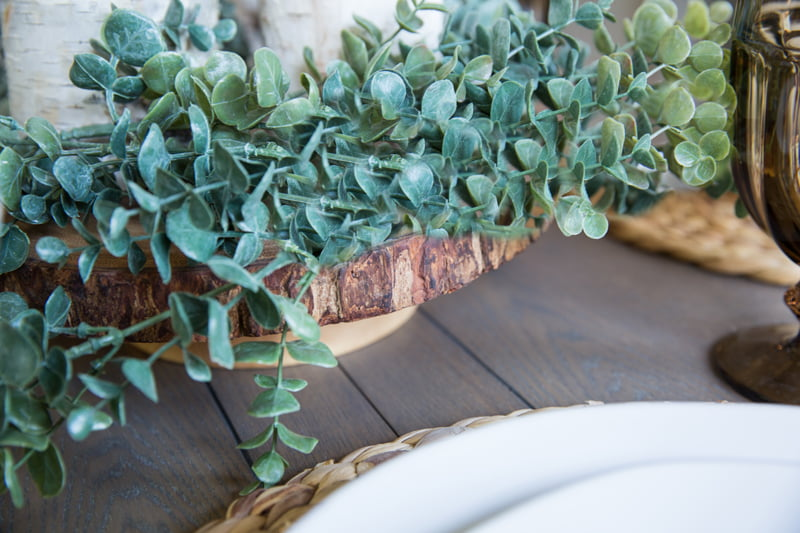 How to add texture to a casual table-setting