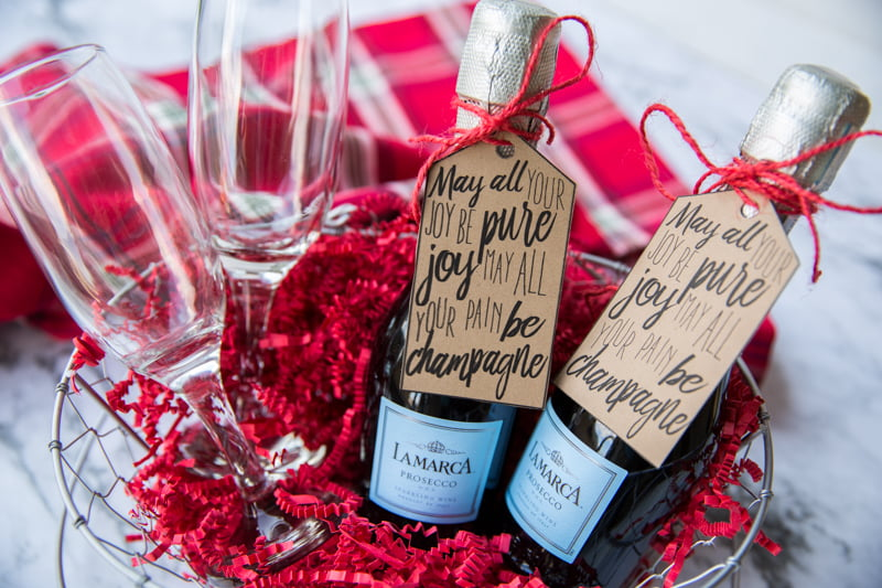 this free printable champagne gift tag makes it easy to diy your way to a super