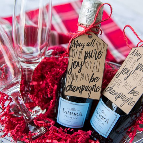 Wedding Gift Ideas For Coworkers: Printable Champagne Gift Tag