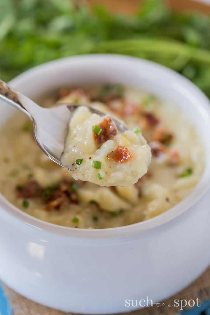 This Instant Pot Potato Leek Soup is hearty and wholesome, made without any canned or artificial ingredients. It's the perfect quick dinner for busy weeknights.