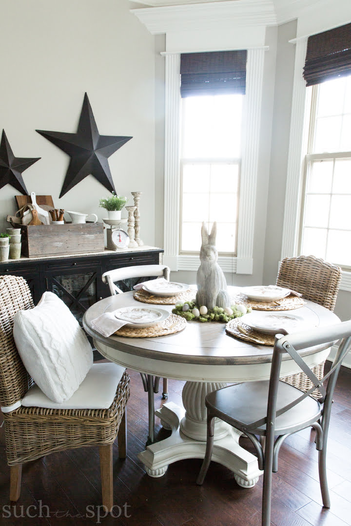 Casual dining table decorated with modern farmhouse spring home decor ideas