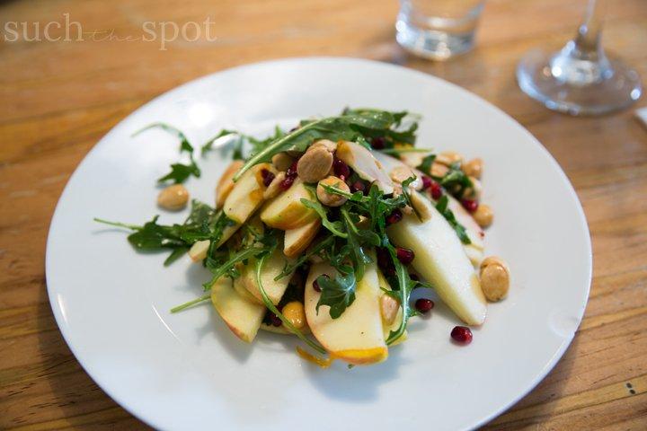 arugula, apples and almond salad