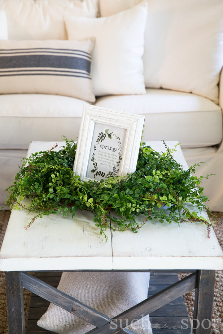 Coffee Table Decorated With Modern Farmhouse Spring Home Decor Ideas