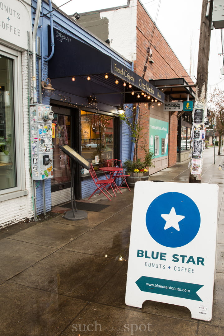 Blue Star Donuts Portland outdoor sign and entrance