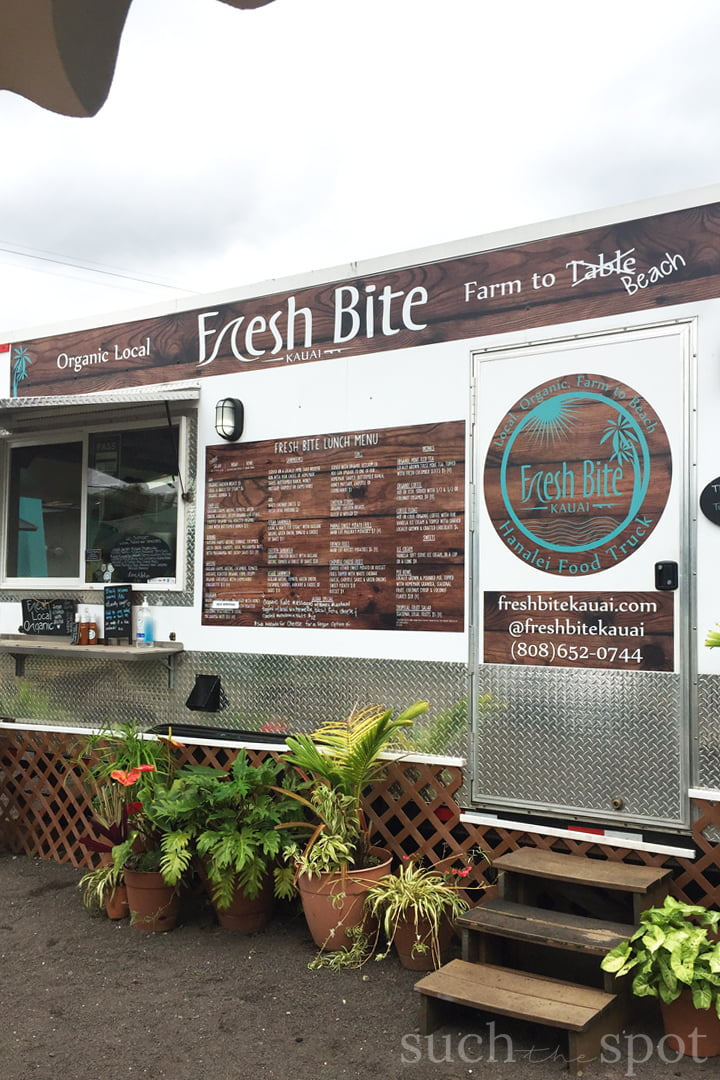 Fresh Bite Kauai Food Truck in Hanalei on the island of Kauai